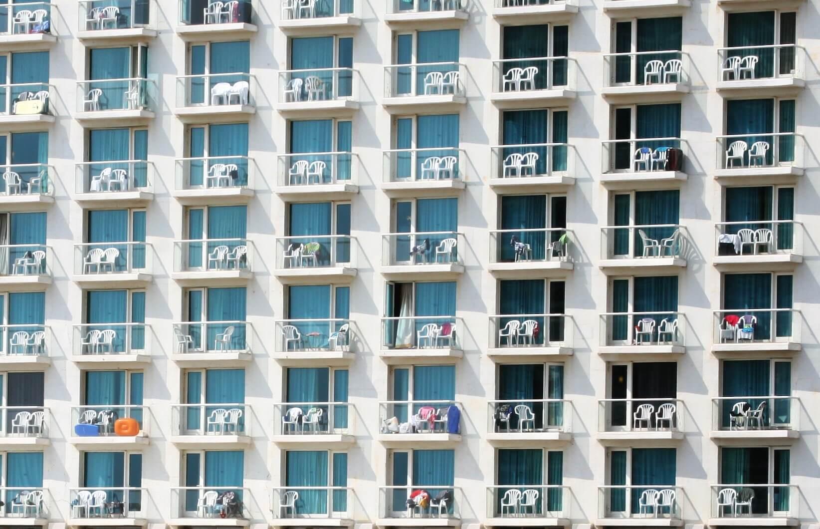 Lot #30<br/>Tel Aviv Hotel  ~ Helen Mahler